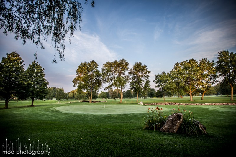 72_2005_MasonCityCountryClub_Golfing02