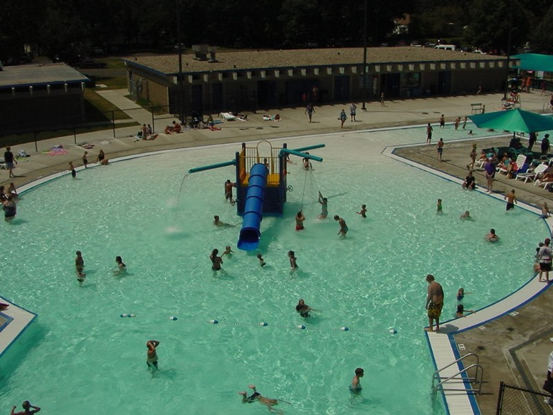 72new-aquatic-center-play-unit-from-park-and-rec
