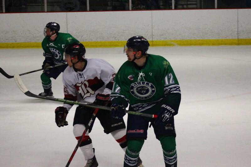 72_2017_NorthIowaBullsHockey_Rink01