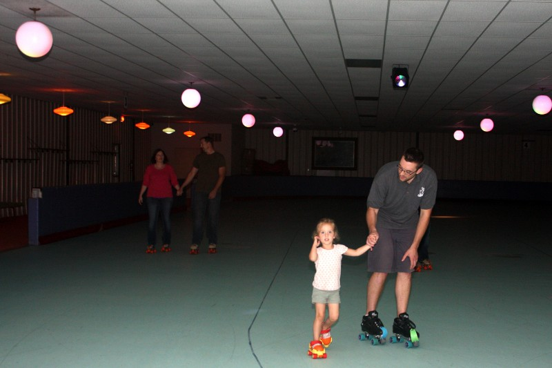 72_2013_RollerCity_Skating01