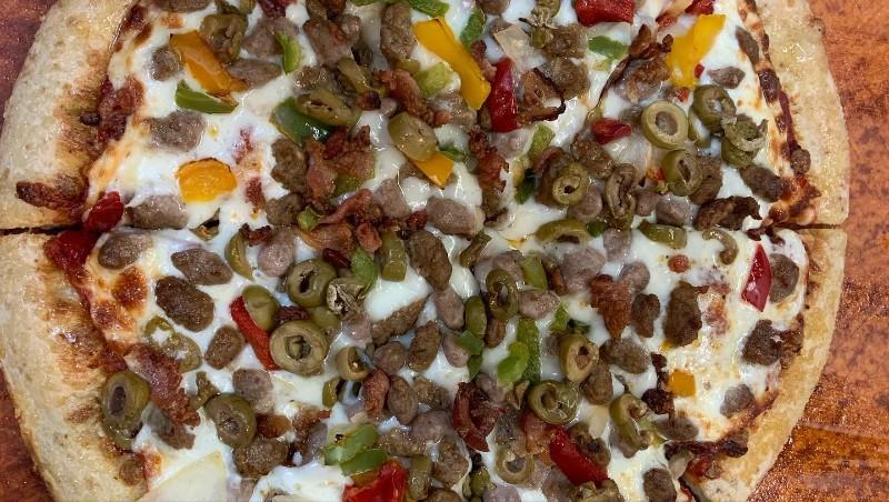 mystic-lanes-pizza