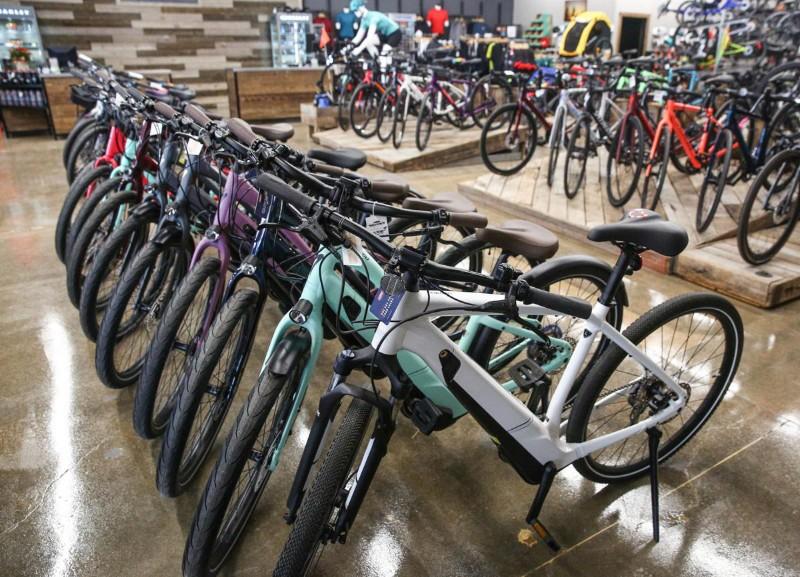 72_Waynes_2020_bicycles
