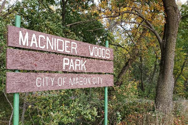 PARK-MacNider-Woods-02-600x400-1